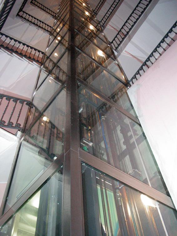 Società installazione manutenzione ascensori milano